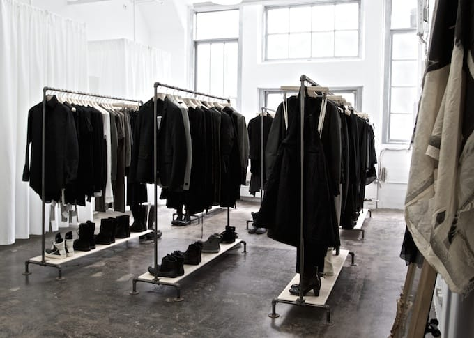 all black wardrobe